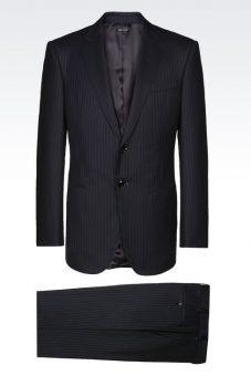 חליפת Giorgio Armani שחורה צד אחורי