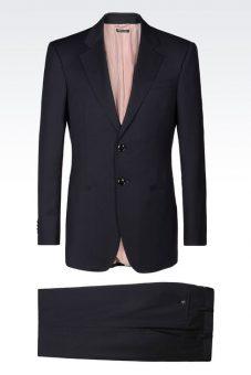 חליפת Giorgio Armani שחורה צד קדמי