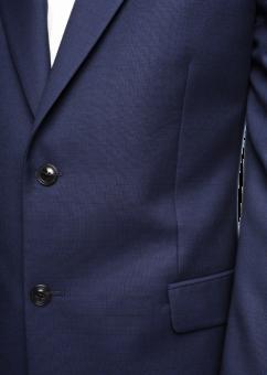 מקטורן אלגנטי בצבע כחול כהה מבית המותג Versace