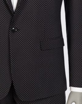 חליפת Dolce Gabbana שחורה מבט על הכפתורים