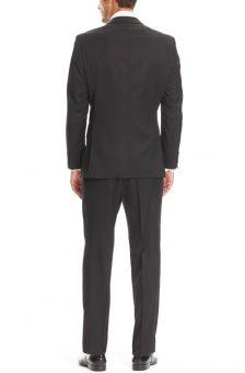 חליפה שחורה מעוצבת של Hugo Boss מבט מאחור