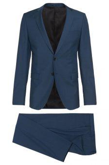 חליפה כחולה של חברת Hugo Boss מבט מלפנים