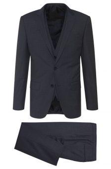 חליפה שחורה של חברת Hugo Boss מבט מלפנים